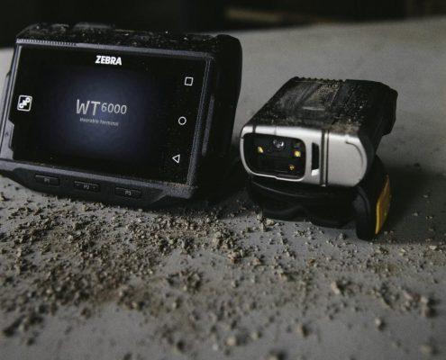 Handgelenk Computer WT6000 mit Ringscanner RS6000 von Zebra