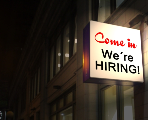 Wir suchen Mitarbeiter